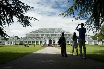 Help Kew leave a legacy for future generations